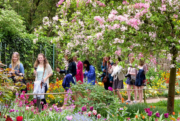 Walking through Giverny gardens in France
