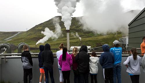 ACIS STEM group at a Reykjavik power plant