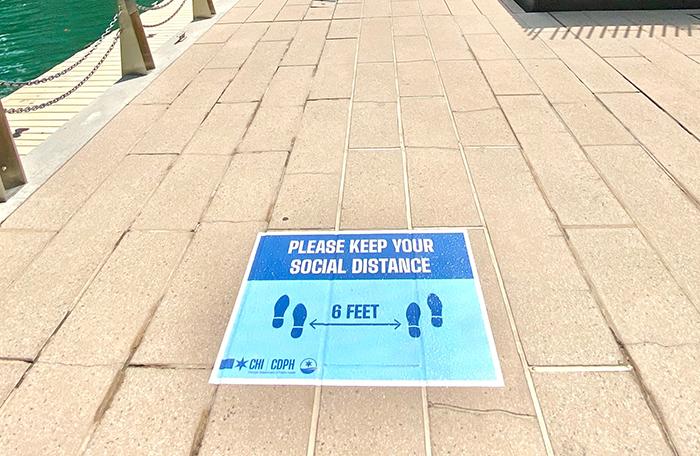 social distancing sign reminder