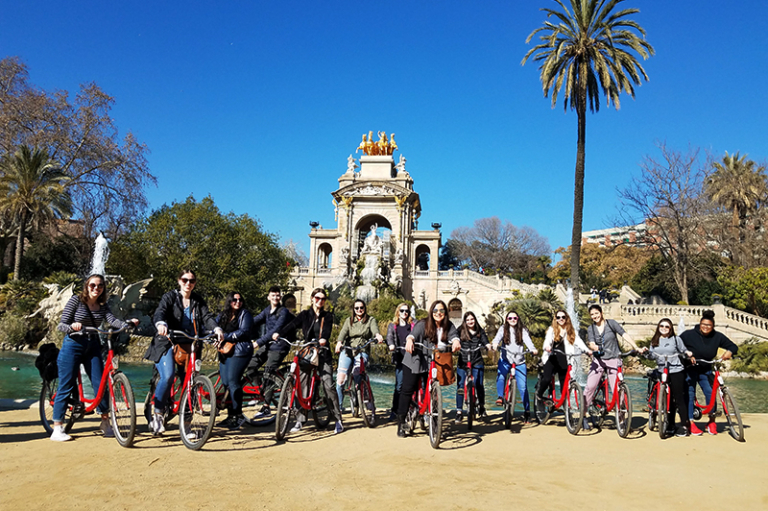 Students on a bike tour in Barcelona