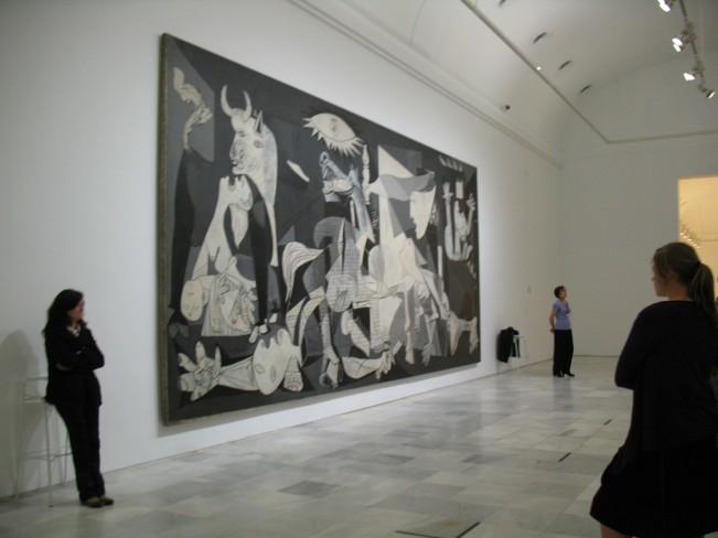 Madrid_Reina_Sofia_Museum_Picasso_Guernica_Painting