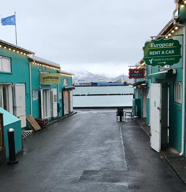 iceland_harbor